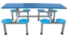 圆凳八人餐桌